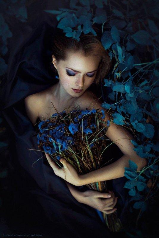 Karina-Chernova-8 flowers maiden
